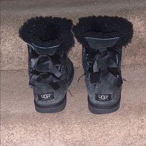 Black bailey bow uggs